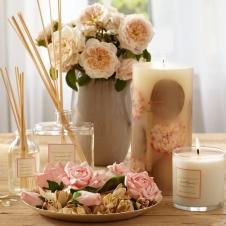 Набор - ароматическая стружка, свечи, блюдце