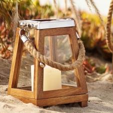 Светильник в декортаивном деревянном каркасе