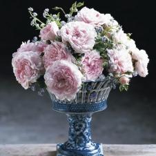 Античная ваза 476 г. н. э  с Венецианскими розами
